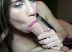 Uber-cute gf gives spunky blowjob,..