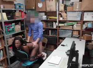 Shoplyfter dark-hued bitch romped