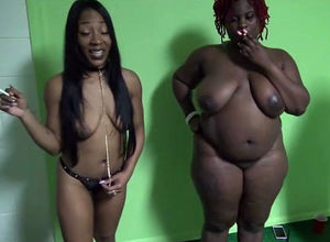 2 promiscuous ebony damsels making pal..